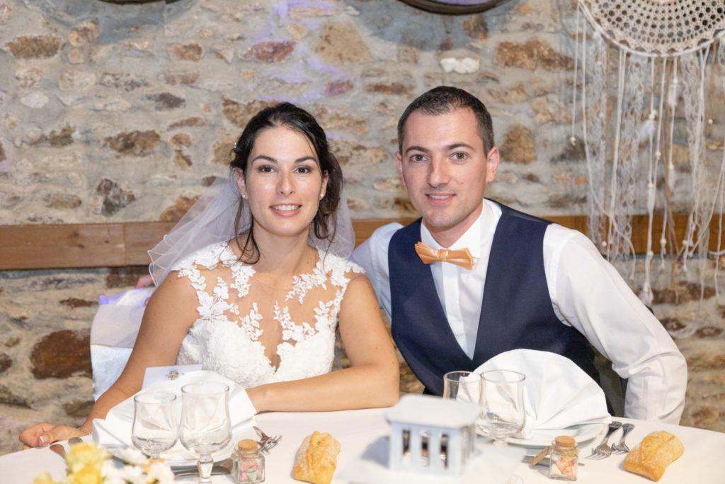 Photo mariés salle du chais de l'Epinay