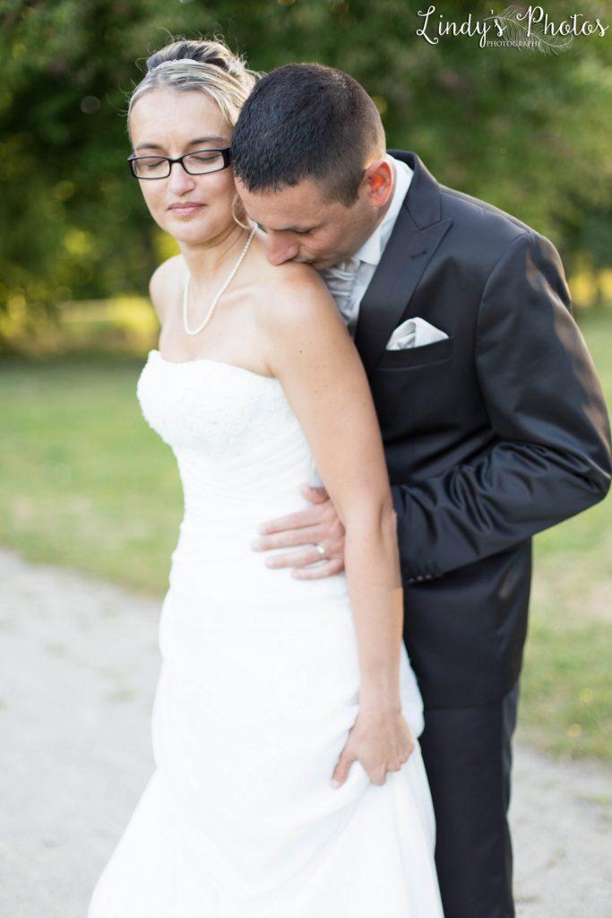 Photos de couple mariage dans un parc