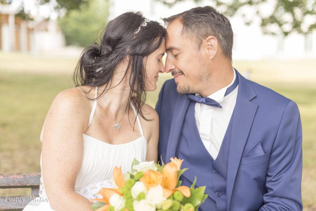 Photos de couple mariage au château du Pé