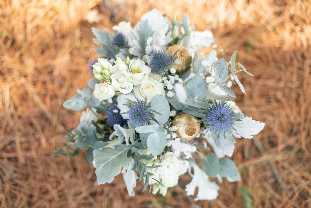 Photo de bouquet de mariée chardons bleu